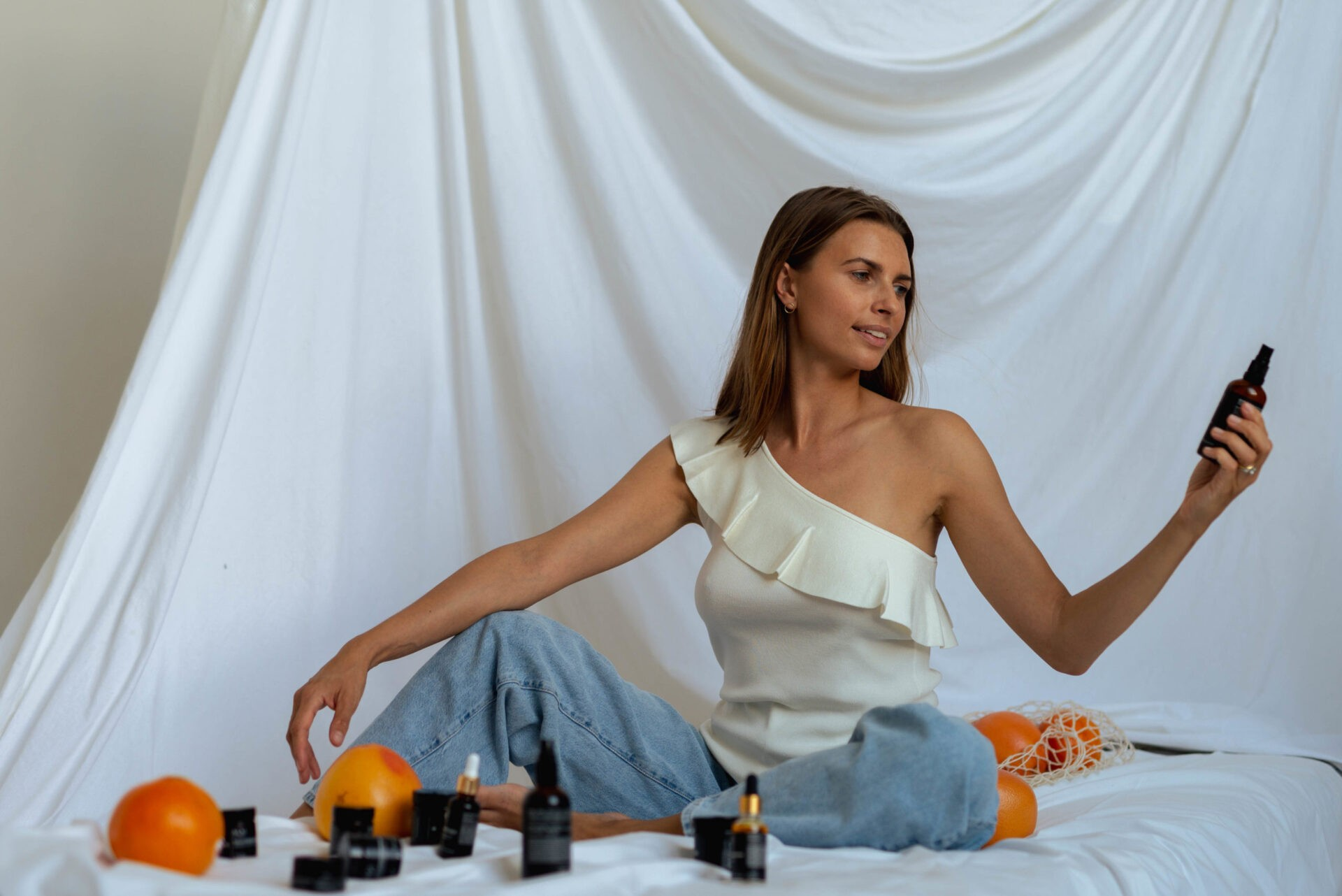 KOI Cosmetics reklama kremów i toników