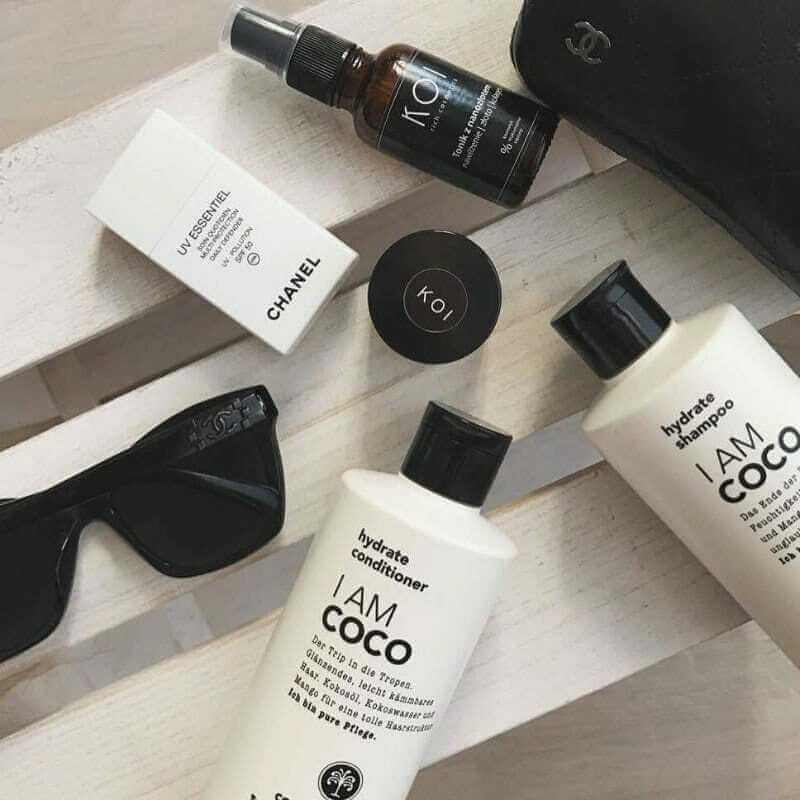 KOI Cosmetics wpoście Harper's Bazaar Polska naInstagramie