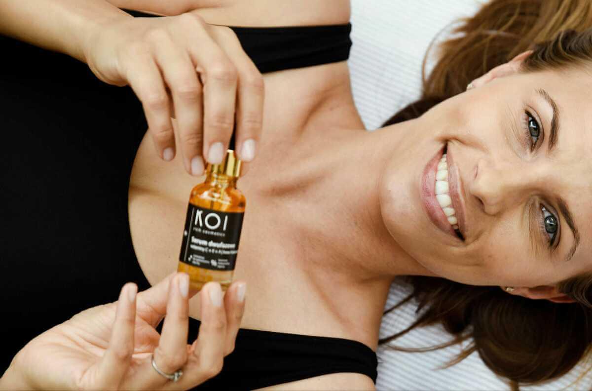Serum dwufazowe do skóry twarzy KOI Cosmetics to ogromna porcja witamin