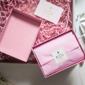 prezent różowy
